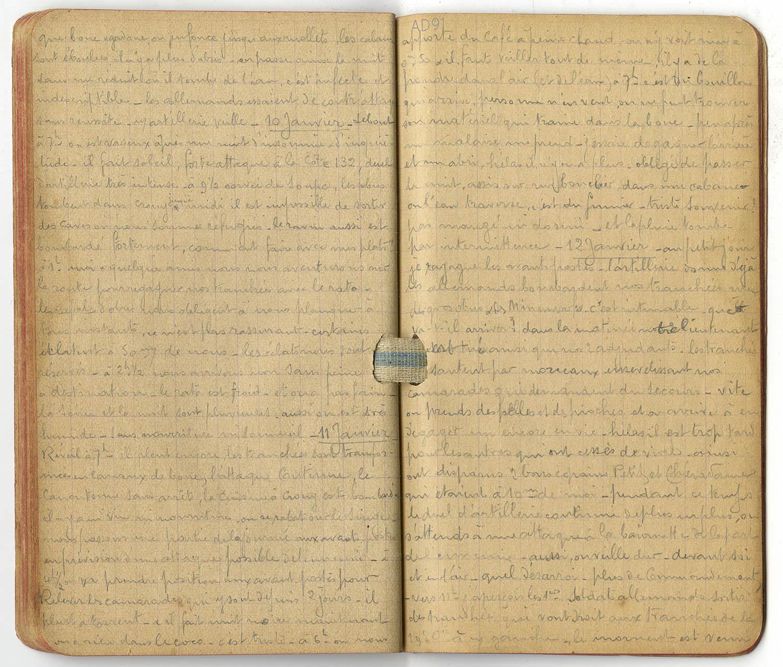 10 - Carnet des « souvenirs de campagne » d'Eugène Levet, extrait du 10 janvier au 12 janvier 1915 : Bataille à Crouy.  (032NUM045/030)