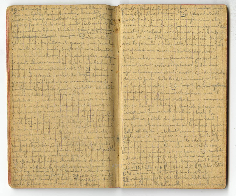 13 - Carnet des « souvenirs de captivité » d'Eugène Levet, extrait du 19 au 28 octobre 1916. Eugène travaille dans une ferme près de Landeshut et note le 25 octobre « Triste vie de prisonnier où l'on est pas son maître ». (032NUM045/109)