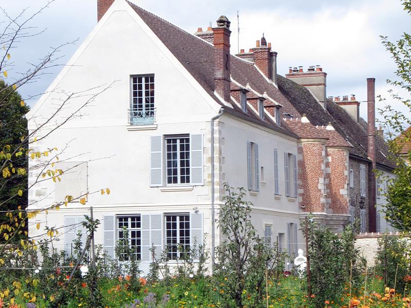 La maison Cocteau vue du jardin